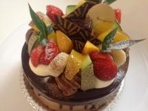 チョコレート15cm 季節のフルーツ
