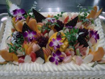 春のフルーツウエディングケーキ (特注)